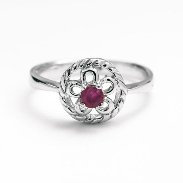 Inel argint radacina de rubin rozeta mica