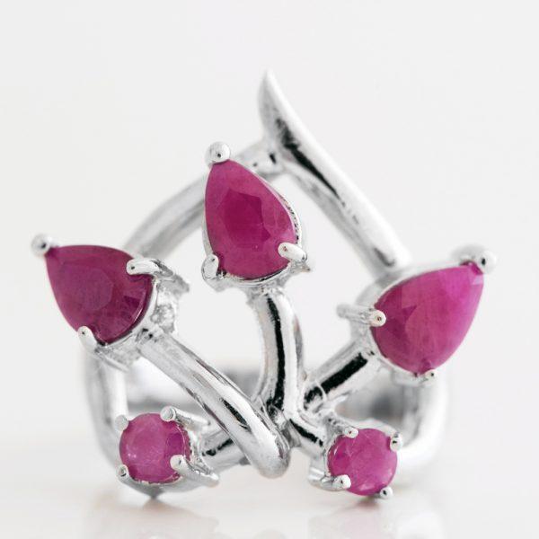 Inel argint inima radacina de rubin