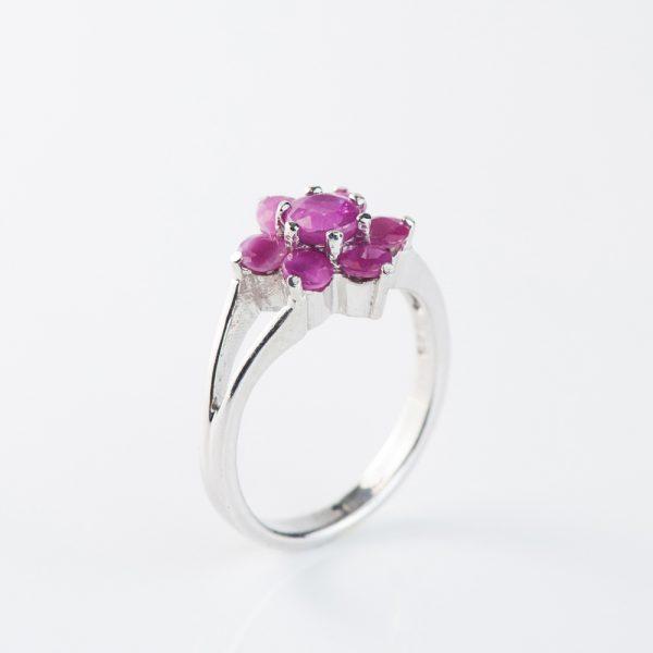 Inel argint floare radacina de rubin
