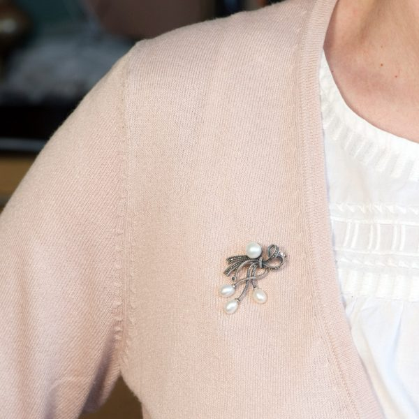 Brosa argint perle