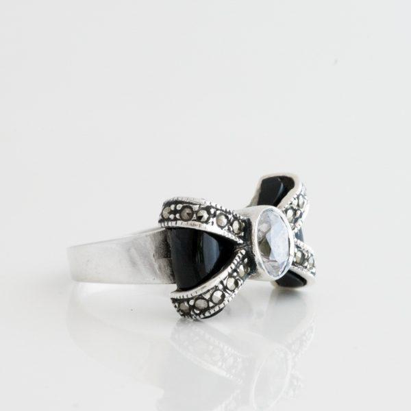 Inel argint funda onix marcasite
