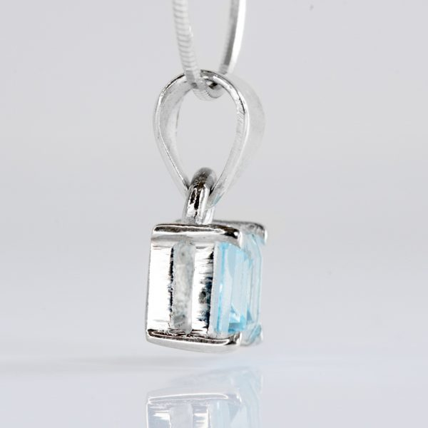 Pandantiv argint patrat topaz bleu