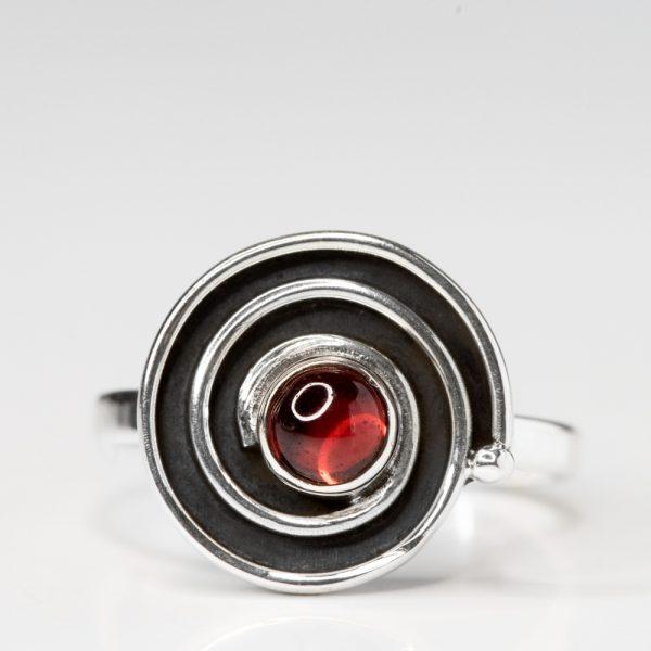 Inel argint spirala granat